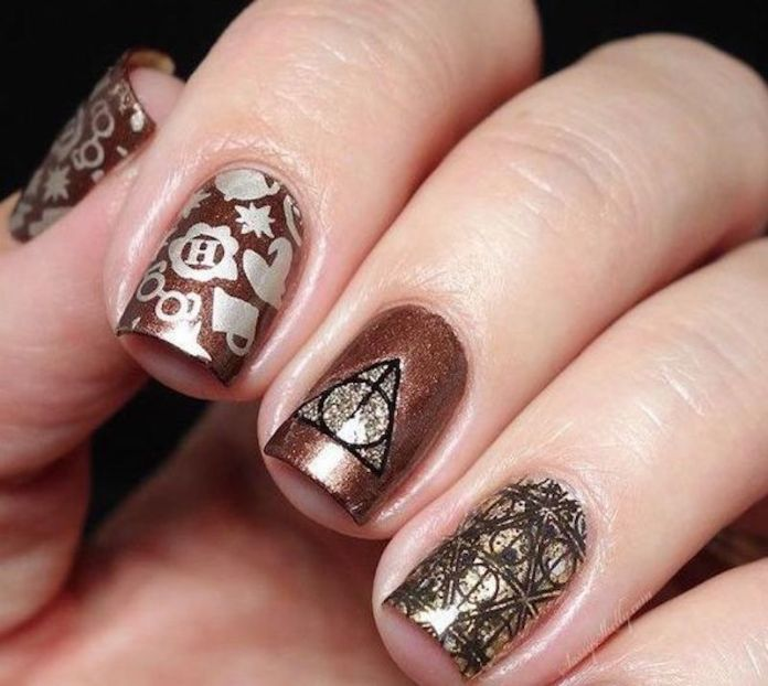 cliomakeup-stamping-nails-5-harry-potter