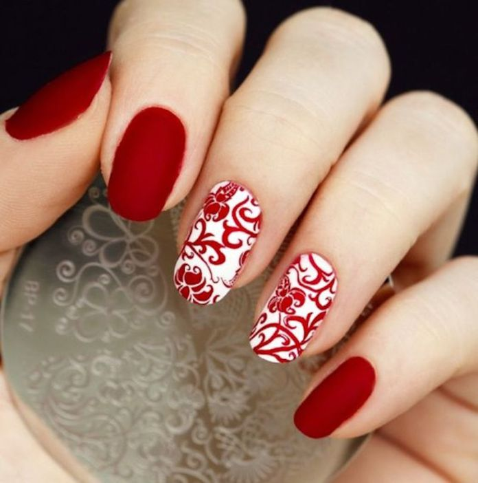 cliomakeup-stamping-nails-8-accent-nail