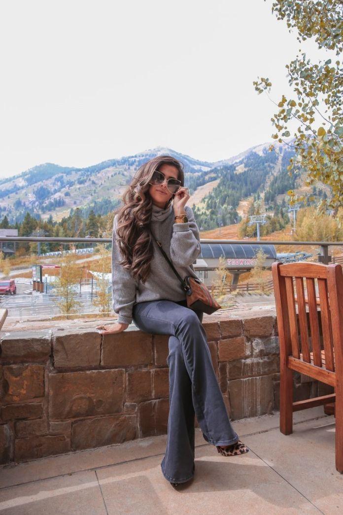 ClioMakeUp-pantaloni-zampa-2-blu-jeans.jpg