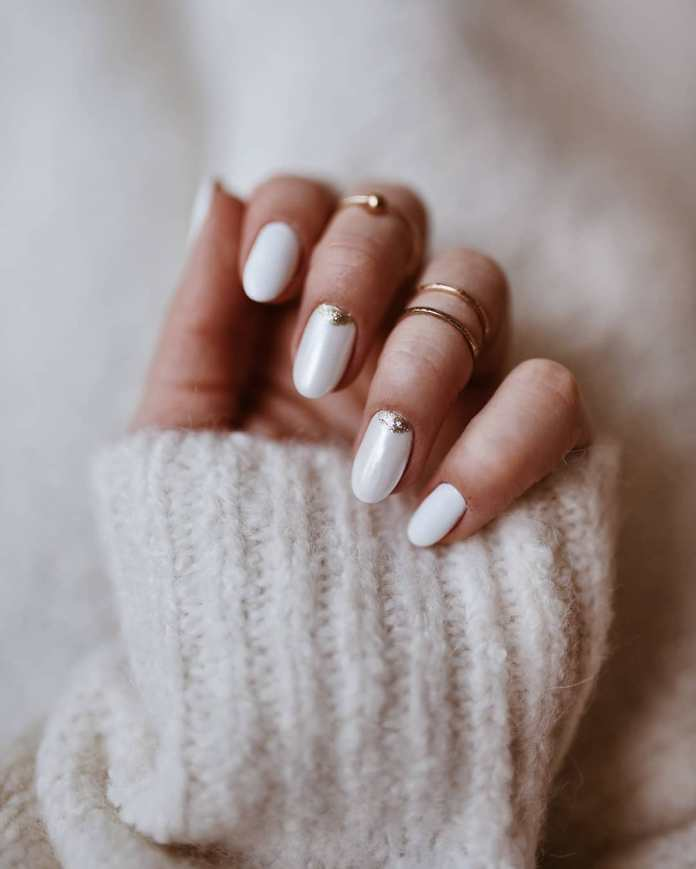 Cliomakeup-unghie-white-winter-nails-16-oro