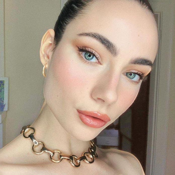 cliomakeup-come-alzare-zigomi-makeup-4-rosa