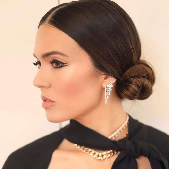 cliomakeup-critics-choice-awards-2020-look-16-mandy-moore-trucco