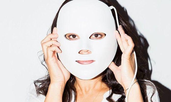 cliomakeup-maschere-led-per-skincare-1-copertina