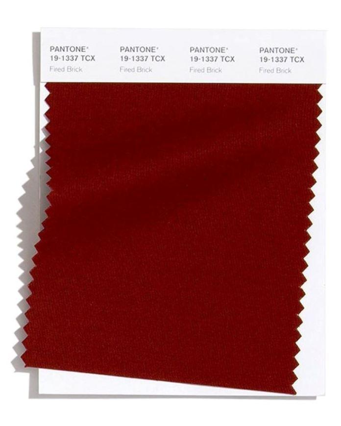 cliomakeup-pantone-colori-autunno-inverno-2020-2021-7-firebrick