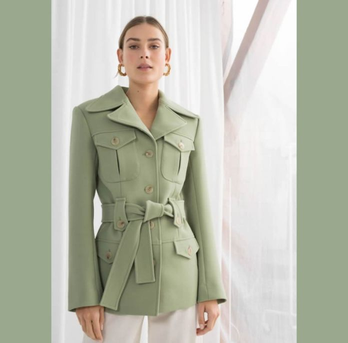 Cliomakeup-verde-salvia-colore-primavera-2020-3-giacca