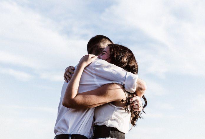 cliomakeup-amore-a-distanza-teamclio-cover