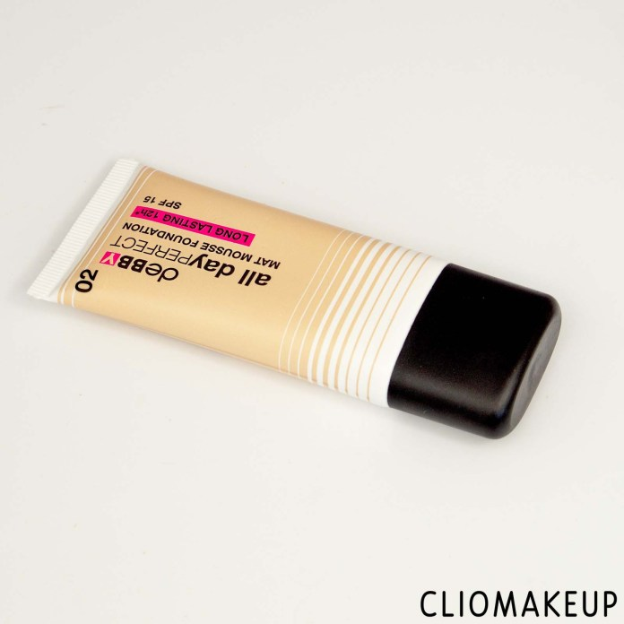 cliomakeup-recensione-fondotinta-debby-all-day-perfect-mat-mousse-foundation-2