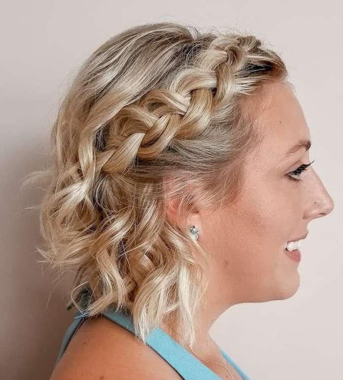Favorito Acconciature capelli corti 2020: idee stilose per una chioma al top AP69