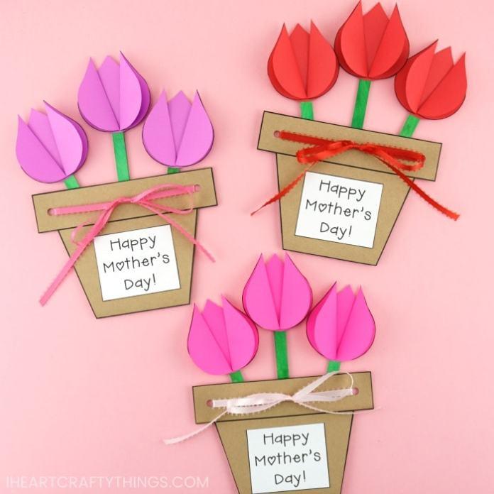 festa della mamma 2020: biglietto vaso di tulipani