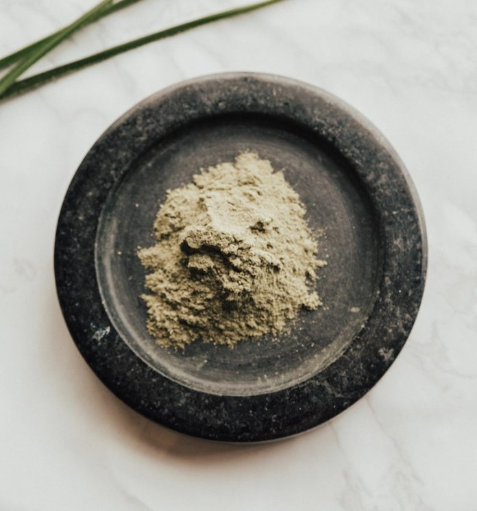 cliomakeup-maschere-viso-argilla-teamclio-verde