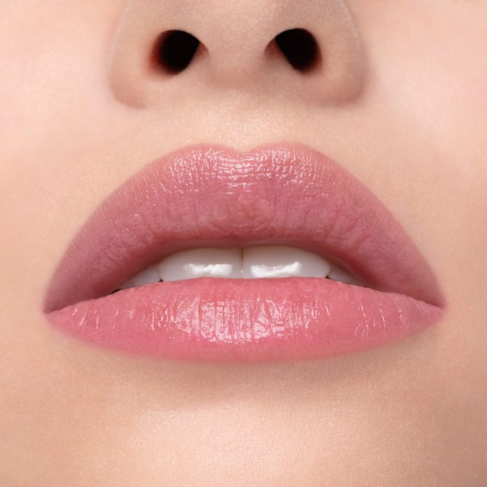 Cliomakeup-lip-balm&glam-baby-joy-coccolove-5-pelle-chiara