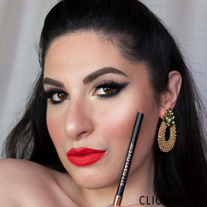 Cliomakeup-matita-occhi-temperabile-a-lunga-tenuta-black-alldaylove-6-mena-look