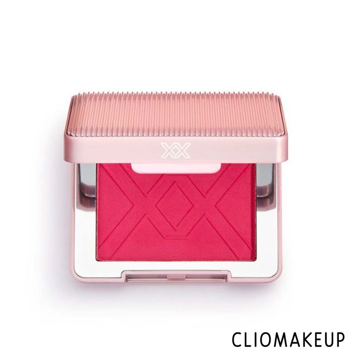 cliomakeup-recensione-blush-xx-revolution-xxcess-blush-high-pigment-blusher-1