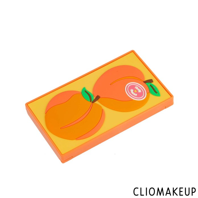 cliomakeup-recensione-palette-i-love-revolution-mini-peach-tasty-eyeshadow-palette-3