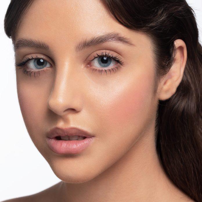 Cliomakeup-blush-in-polvere-99-angel-7-pelle-media