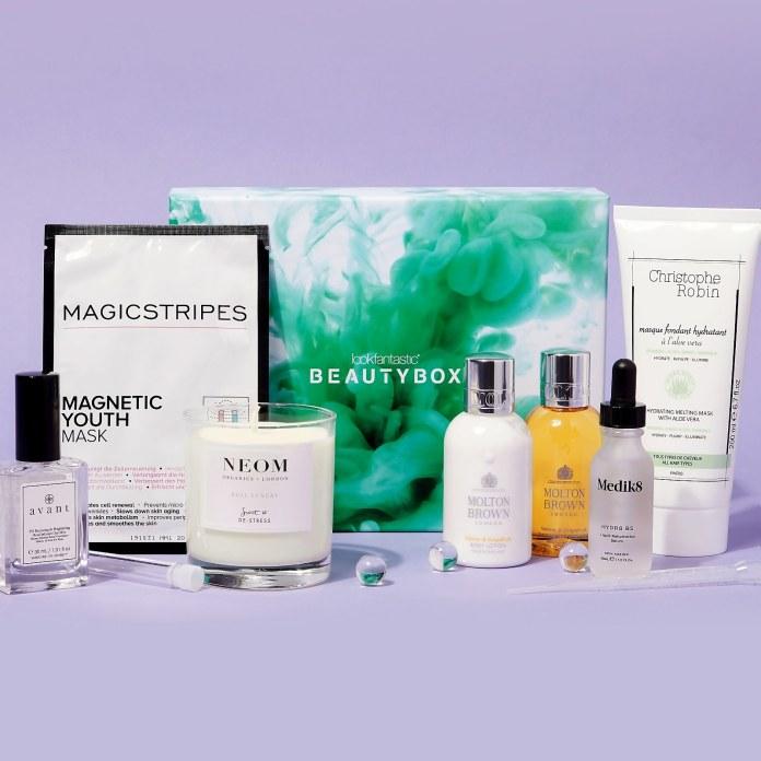 Cliomakeup-skincare-routine-estiva-1-science-beauty-box