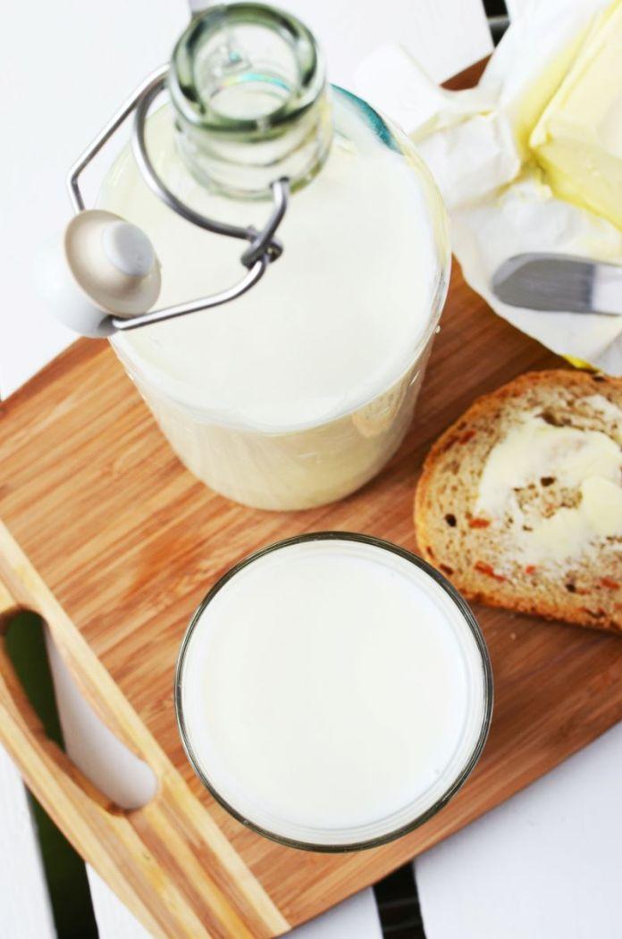 Cliomakeup-latte-e-yogurt-8-bottiglia-vetro