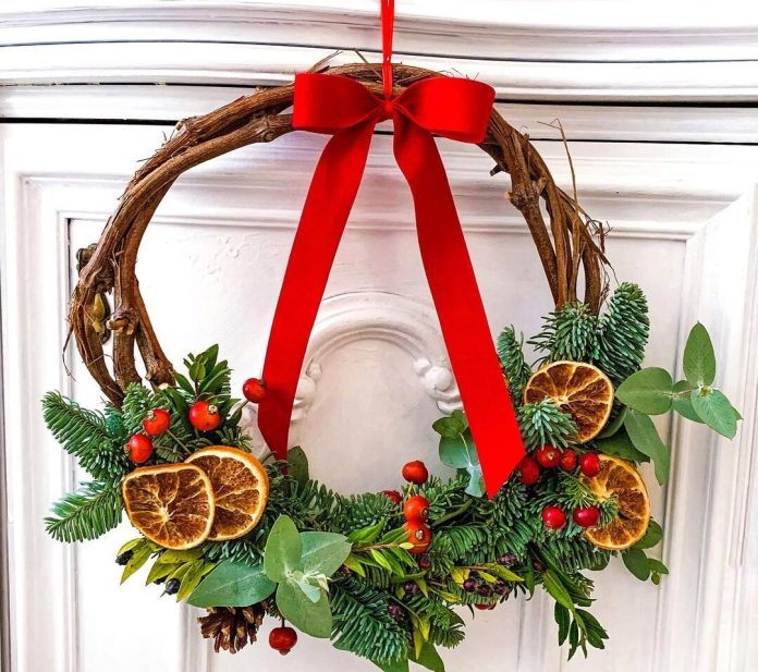 cliomakeup-decorazioni-natalizie-fai-da-te-5-ghirlanda-natale-fai-da-te