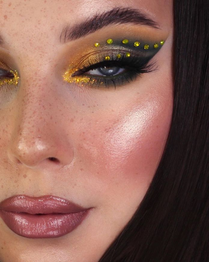 cliomakeup-colori-pantone-2021-13-occhi