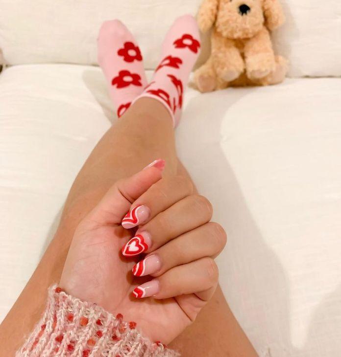 cliomakeup-swirl-nails-teamclio-21