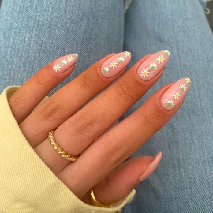 cliomakeup-flower-nails-2021-teamclio-11