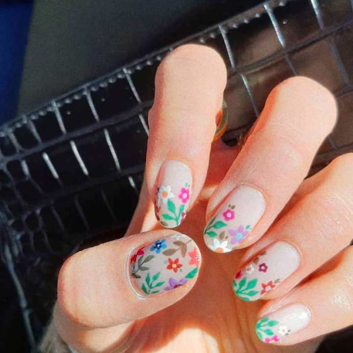 cliomakeup-flower-nails-2021-teamclio-15