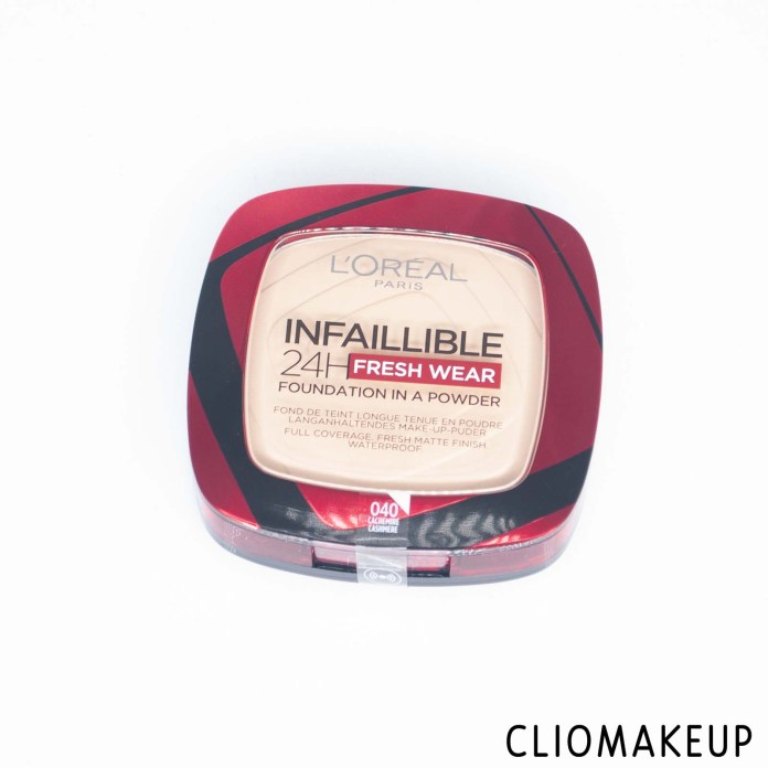 cliomakeup-recensione-fondotinta-loreal-infaillible-24h-fresh-wear-foundation-in-a-powder-2