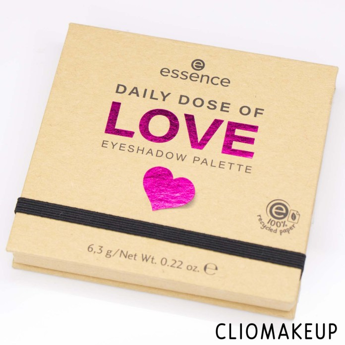 cliomakeup-recensione-palette-Essence-Daily-Dose-Of-Love-Eyeshadow-Palette-2
