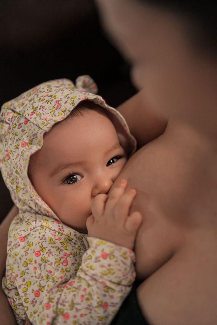 Cliomakeup-allattamento-al-seno-1-copertina