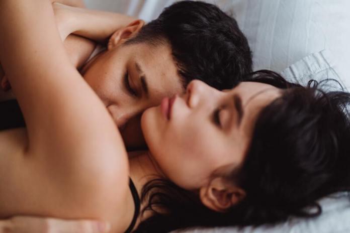 cliomakeup-petting-intimita