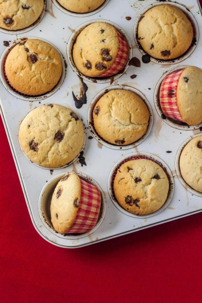 cliomakeup-ricetta-muffin-con-gocce-di-cioccolato-semplici