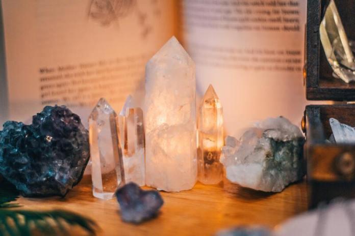 cliomakeup-energia-positiva-cristalli