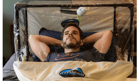 In preparation for his expedition to Nepal, Francisco Martin spent two months sleeping and working in a hypoxic tent, which mimics thin air at high altitude, in his New York apartment. Photo: AFP