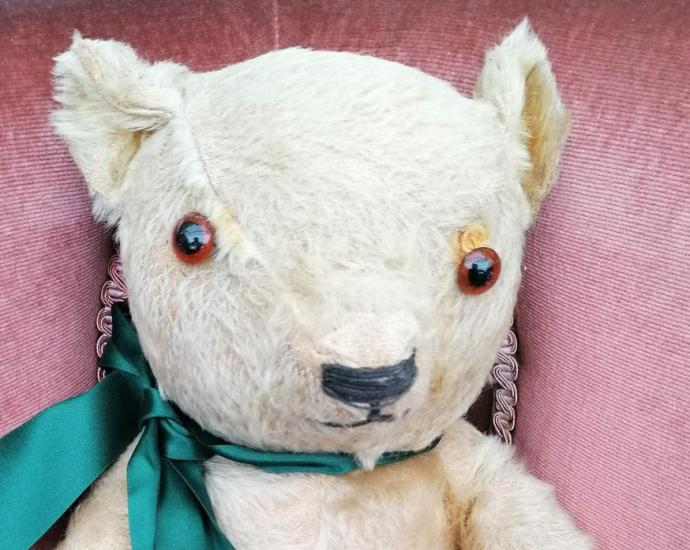 Wartime teddy bear Blitzy will be sold at auction after being found in an attic (Hansons/PA)