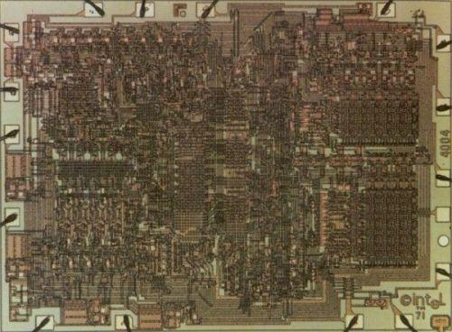 intel 4400 primer microprocesador