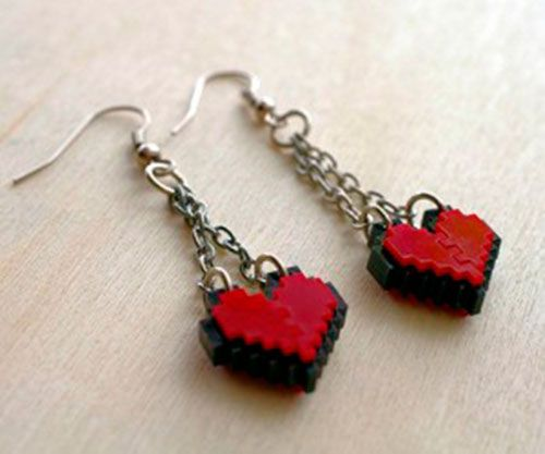 zelda-pixel-heart-jewelry-by-nastalgame-3-300x250