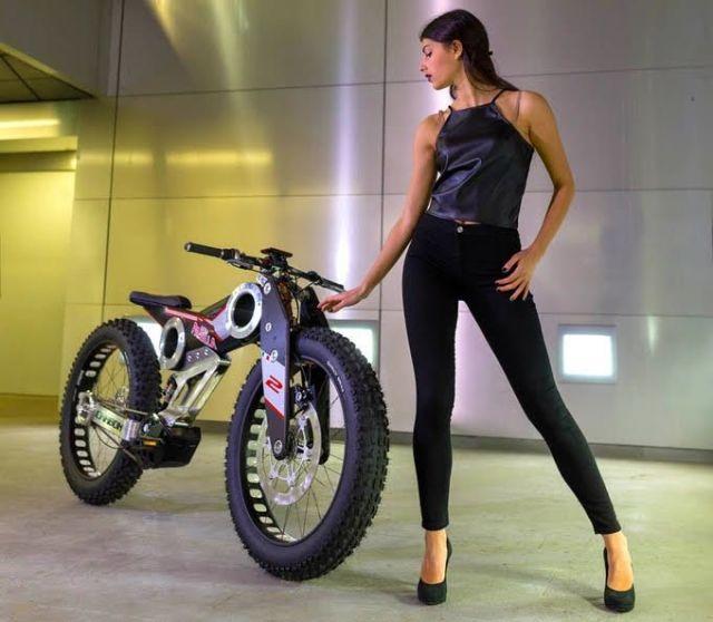 Moto Parilla Carbon.1