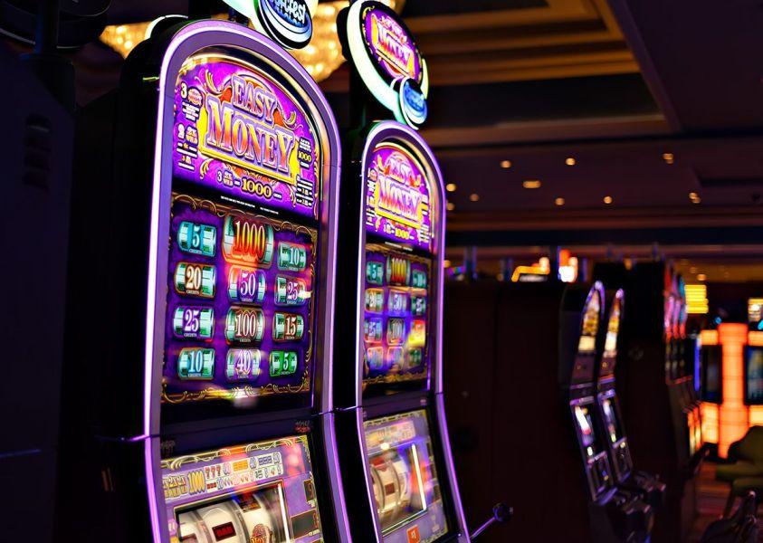 Un truco para empresas permite descargar apps porno y casinos en iPhone