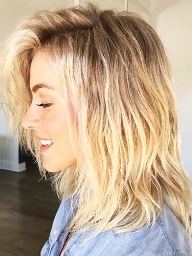 You Will Not Believe How Julianne Hough Got These Beachy