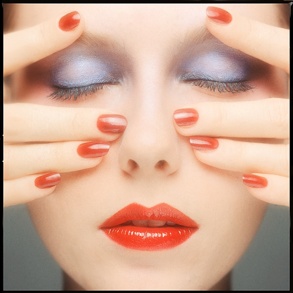 BB-VOGUE-BEAUTY-NAILS