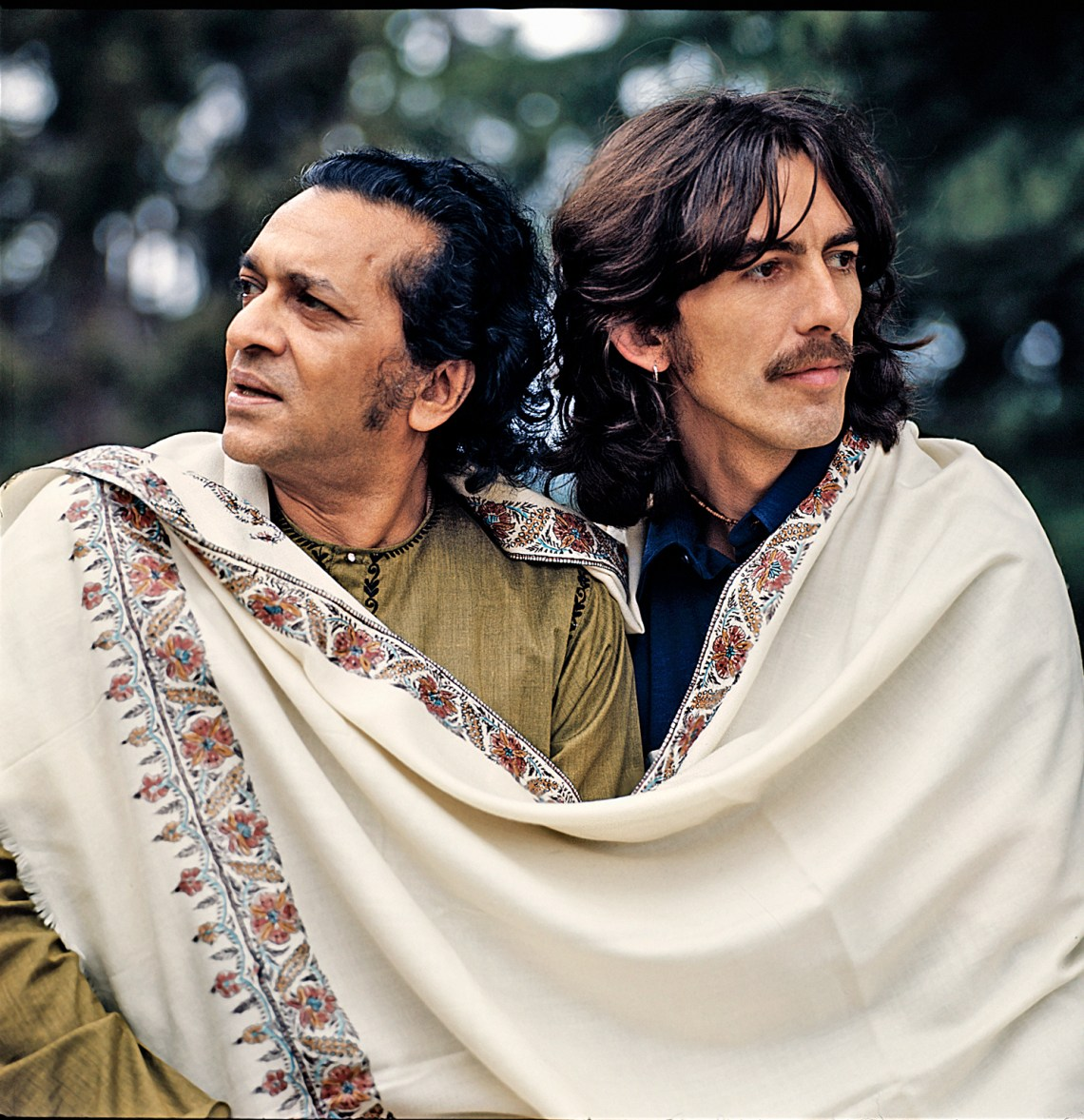 George-&-Ravi--white-Shawl-Henly.1