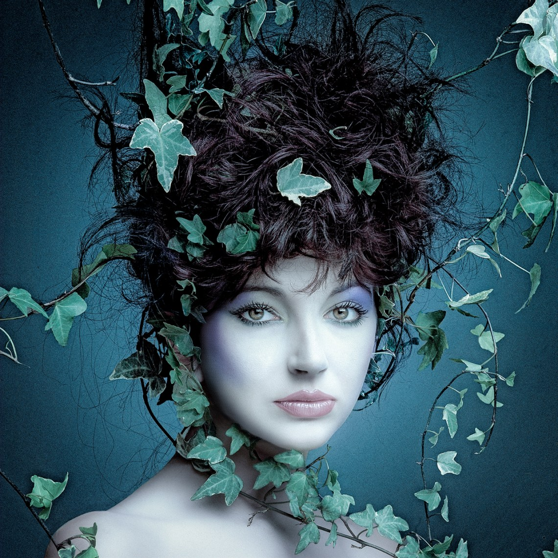 Kate-Bush-Rock-of-Ages.blue-phasd2