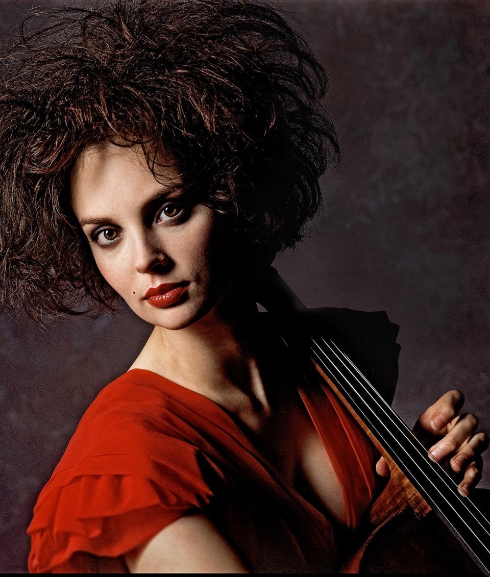 Nina-Kortova.-Portrait.Arrowsmith.©.jpeg
