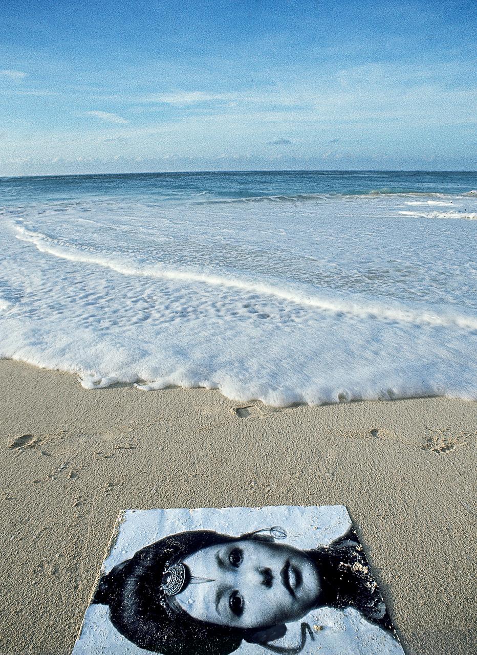 C-Damon-pic-in-sea-bahamas.jpg