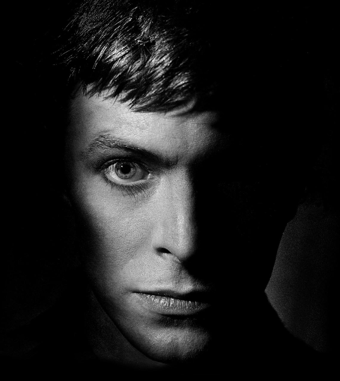 David-Bowie.-Dark.Arrowsmith.Dark.©