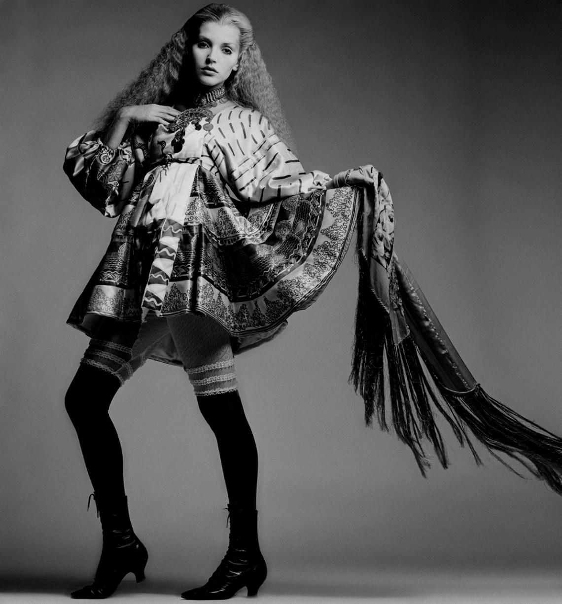 Vogue-Geshe-scarf.jpg