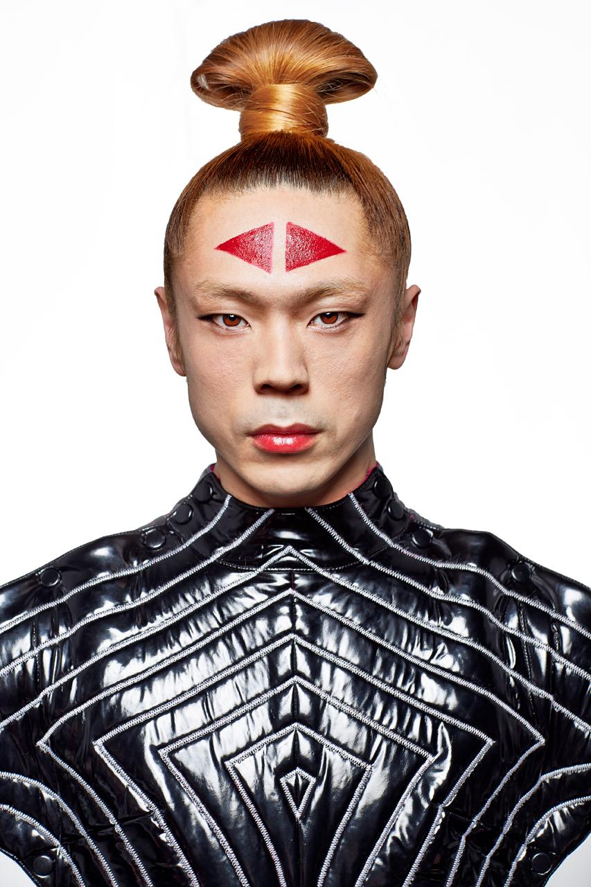 Yamamoto.Bowie-Costume-Dancer-Portrait-Japan-2013