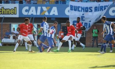O jogo aconteceu no Estádio da Ressacada, em Florianópolis - Foto: Daniel Queiroz/Notícias do Dia/Divulgação