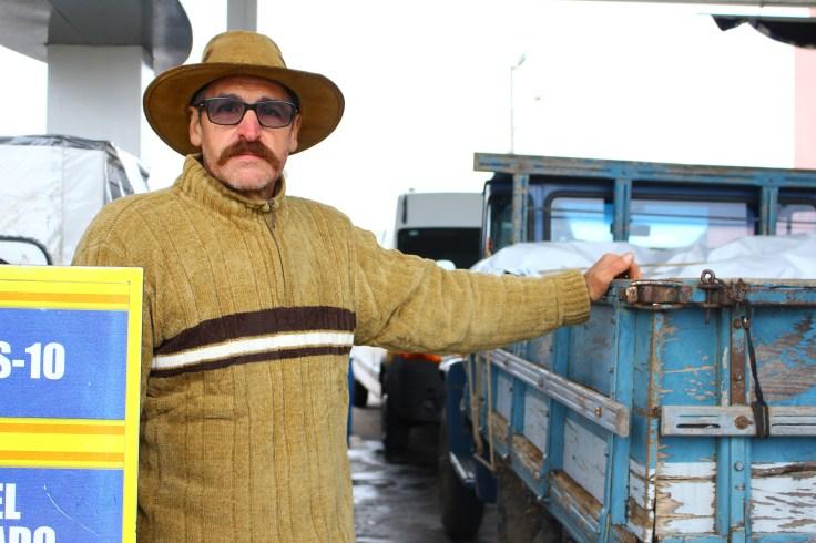 Preocupação do agricultor Nilton é com o preço do diesel - Foto: Camila Paes