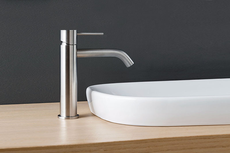 Mechanical faucets | Cloakroom Solutions